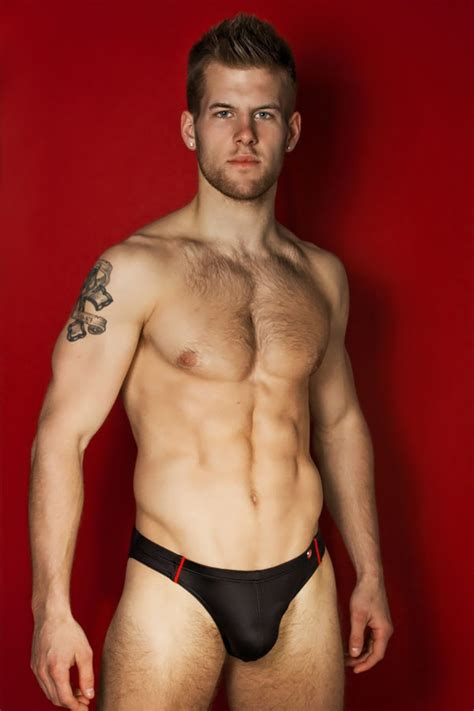 Favorite Hunks & Other Things: FH of the Day: Adam Coussins