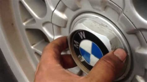 How To Remove Center HubCap On Factory Rims 97-03 BMW 5